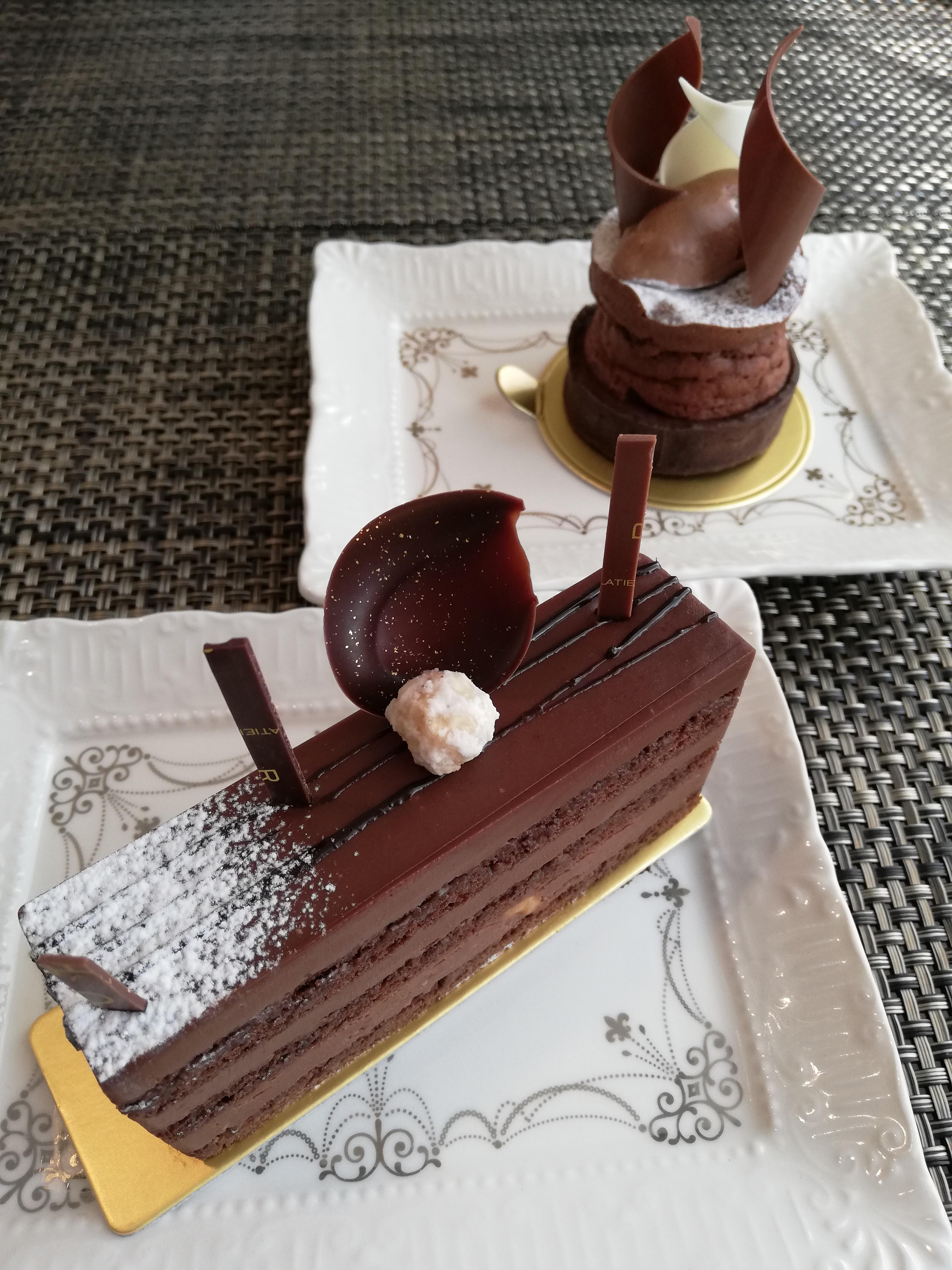 パレドオール ケーキ
